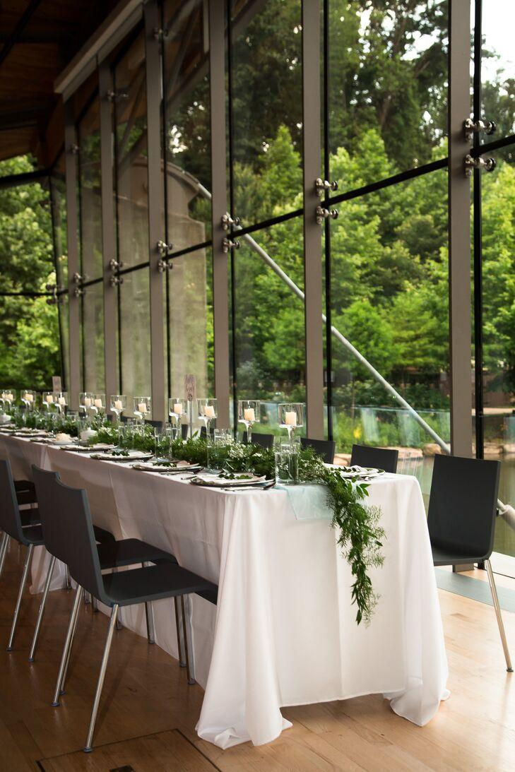 A rustic wedding at crystal bridges museum of american art - Olive garden fayetteville arkansas ...