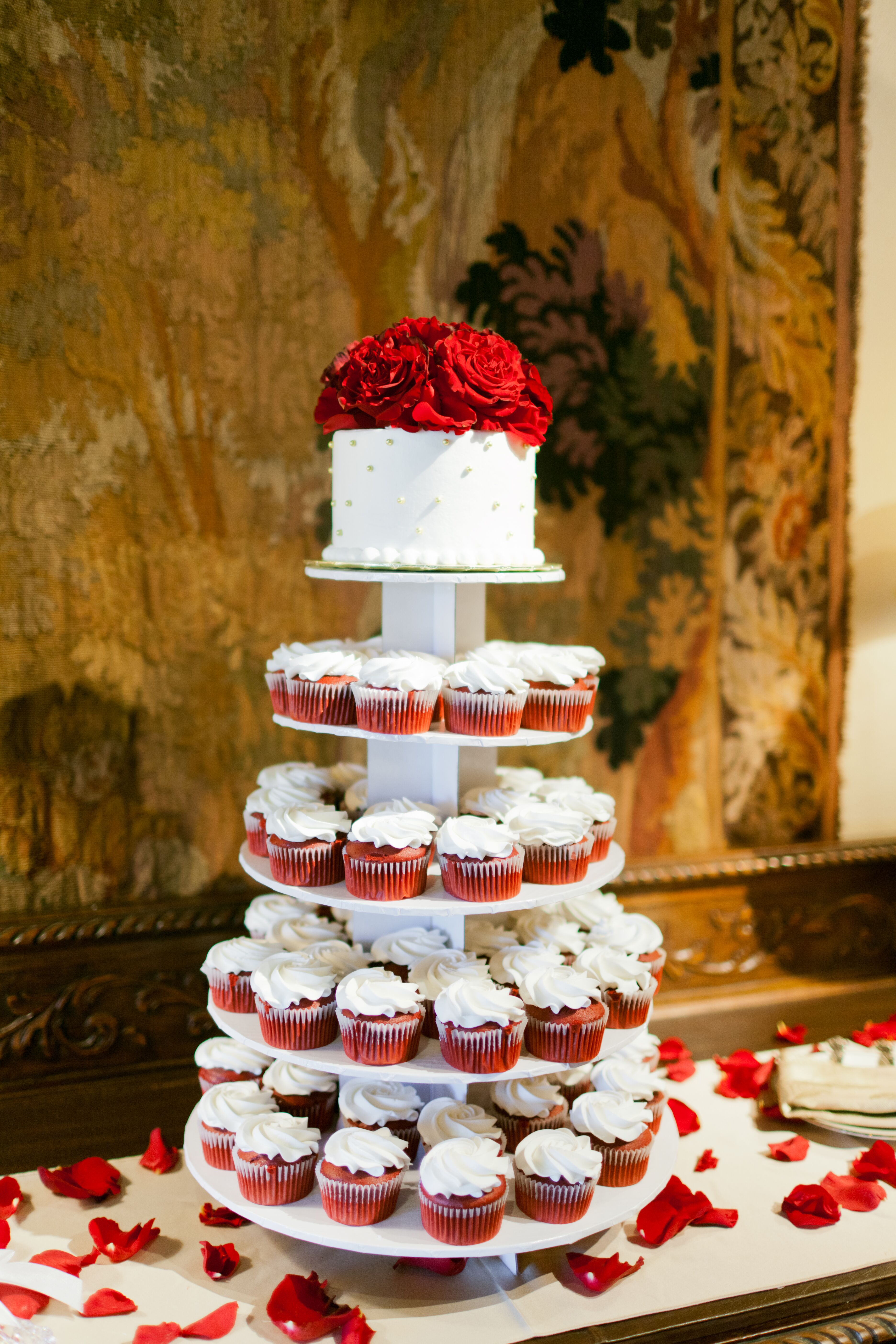 red velvet wedding cake designs velvet cupcake and wedding cake tiers 19158