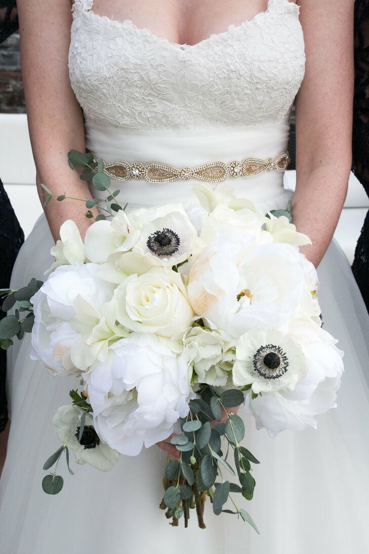 White peony anemone bridal bouquet izmirmasajfo