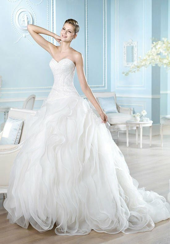 ST. PATRICK Dreams Collection - Hannaly Wedding Dress photo