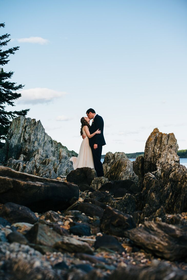 Hannah Greggs and Gerrit Benthem took full advantage of Maine's natural beauty with an intimate summer wedding set along the rocky coast of North Have