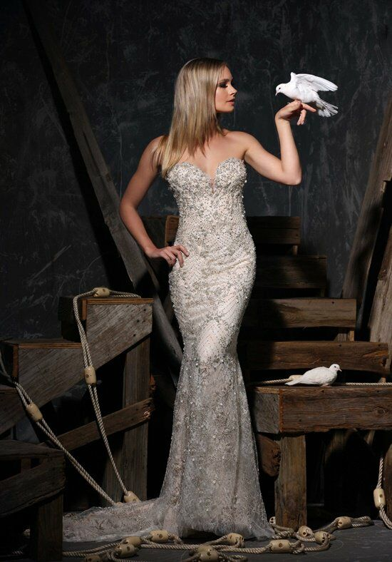Victor Harper Couture VHC310 Wedding Dress photo