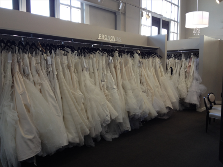 Iowa weddings for Wedding dresses des moines