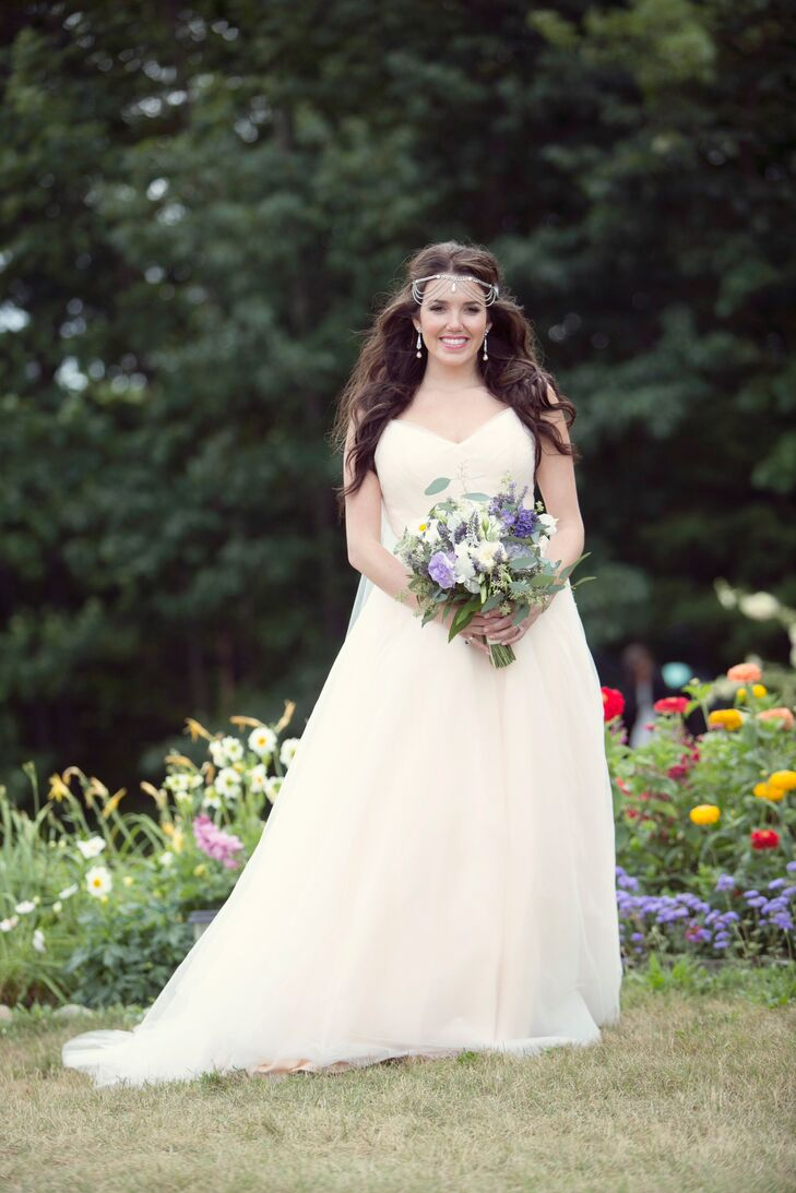 A Bohemian Garden Bride at Cherry Basket Farm