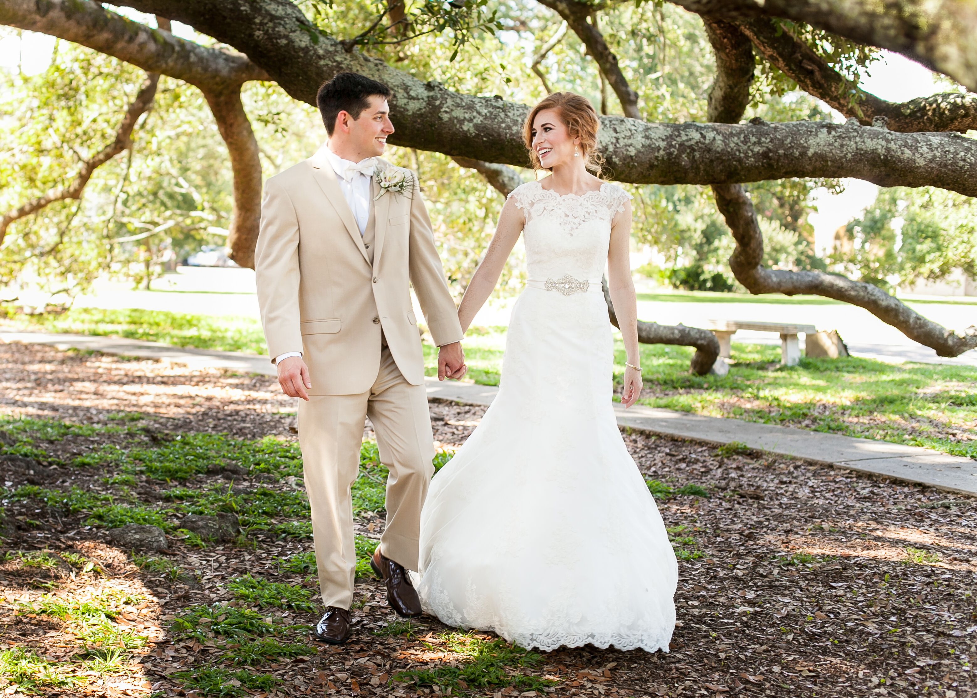 Classic Southern Wedding at St. Thomas the Apostle Catholic Church ...