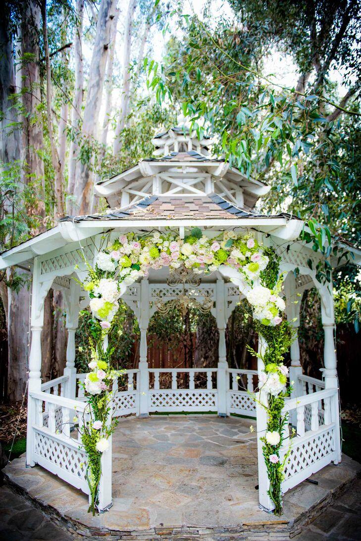 A Classic, Elegant Wedding at Twin Oaks House & Garden Estate in San ...