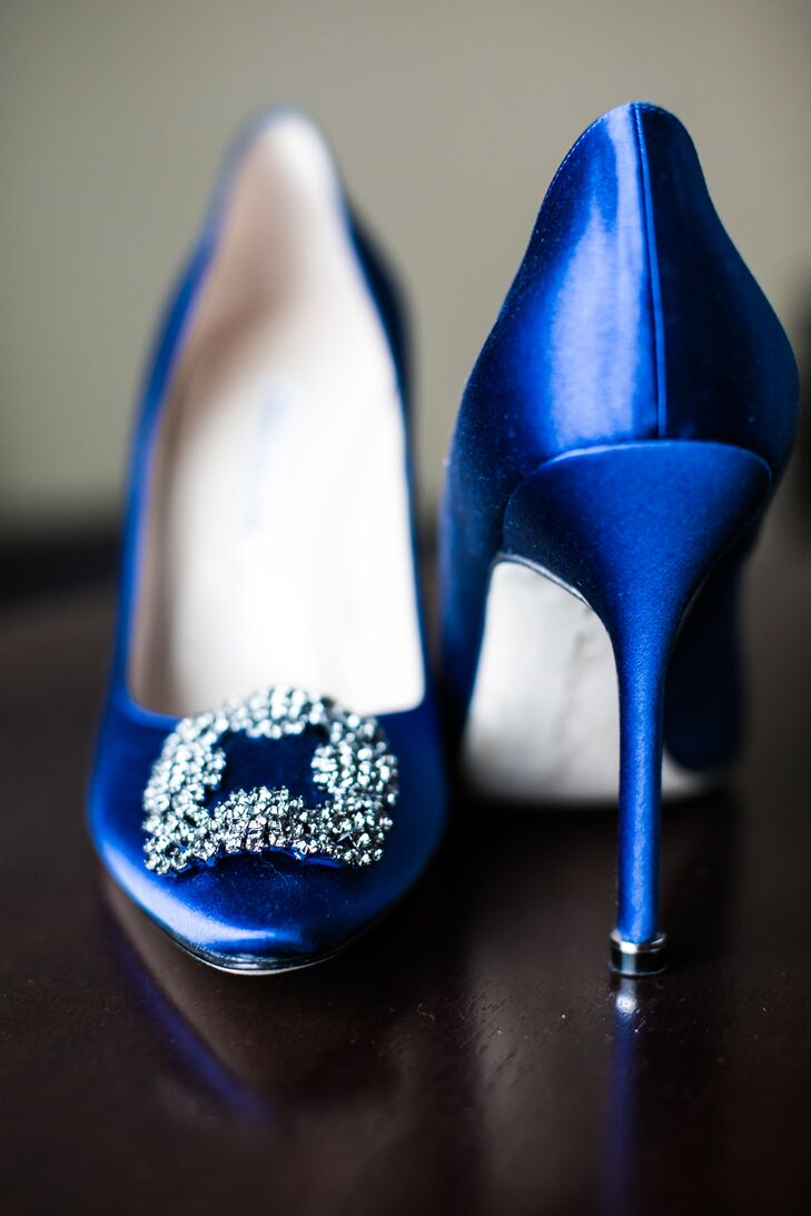 "Mabel matched her bridesmaids' blue dresses with blue Manolo Blahnik heels, a reference to her favorite TV show, ""Sex and the City."""