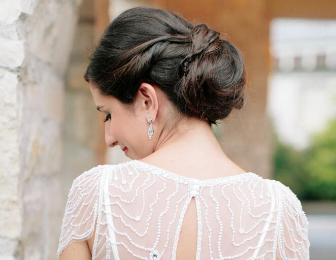 Hair Styles For Short Hair Brides: 10 Gorgeous Updos For Your Wedding