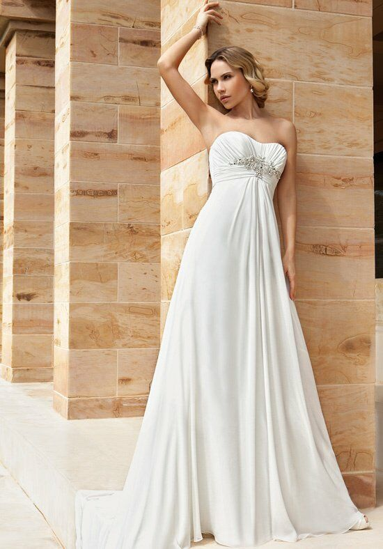 Demetrios DR186 Wedding Dress photo