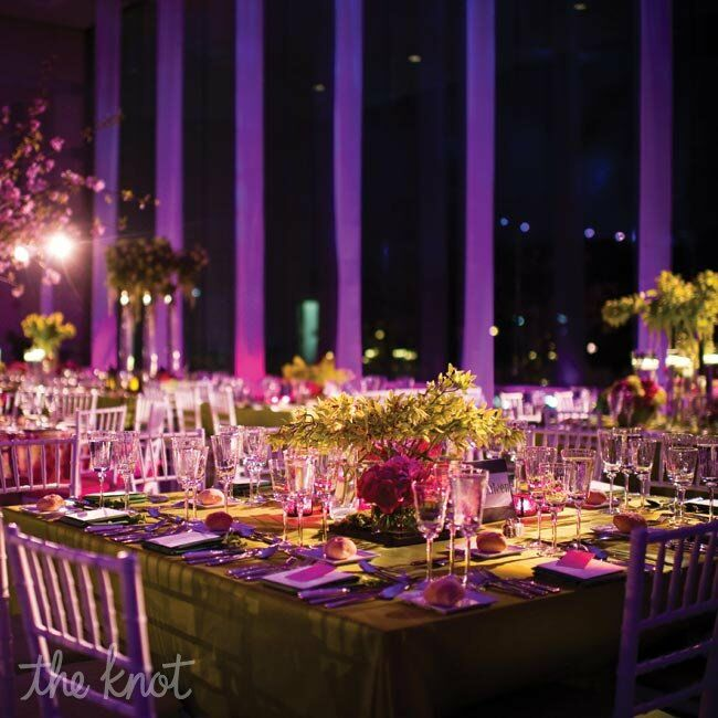 Modern pink and green table decor