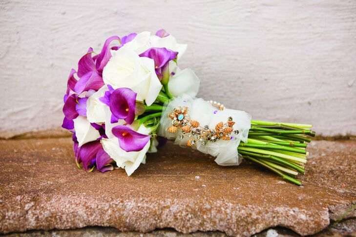Ashley carried a purple-and-white bouquet of calla lilies and roses. She tied it with fabric and attached her grandmother's brooches.