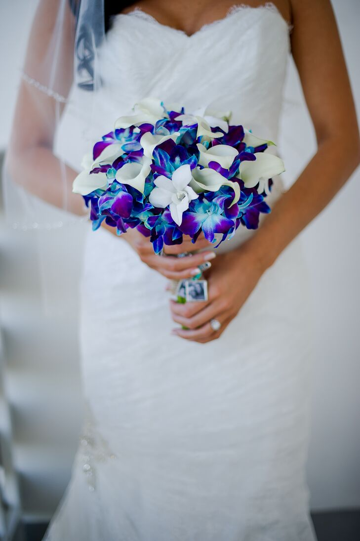 Bright blue and purple orchid bouquet izmirmasajfo