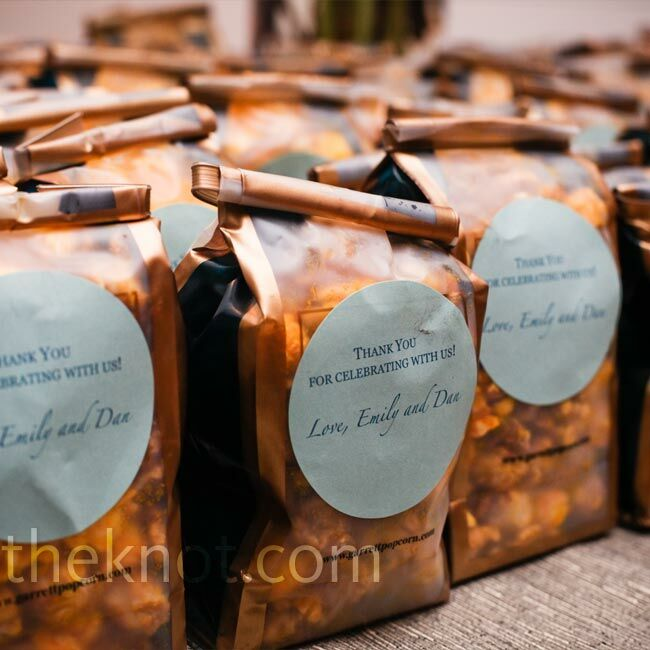 Wedding Gifts Chicago: Popcorn Wedding Favors
