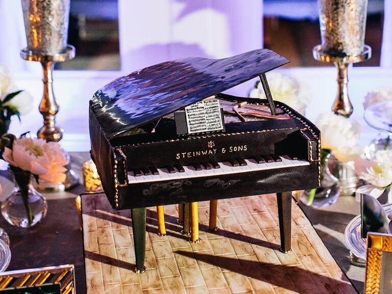 Grooms cake shaped like a grand piano
