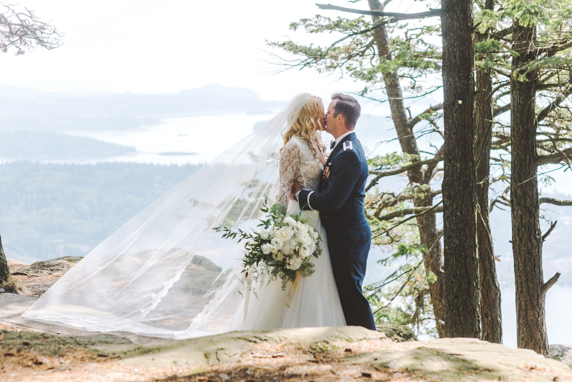 An Elegant, Woodlands-Inspired Rooftop Wedding at Majestic Inn and ...