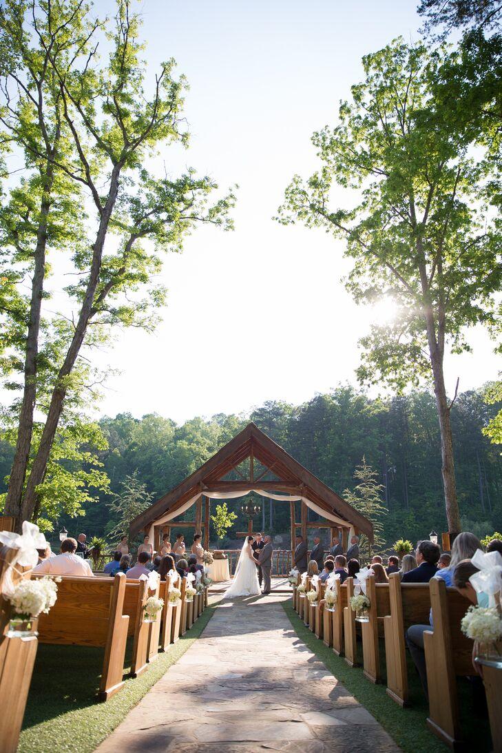 A Rustic Vintage Inspired Wedding At Indigo Falls In