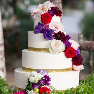 Tiered Wedding Cake By The Cakabakery