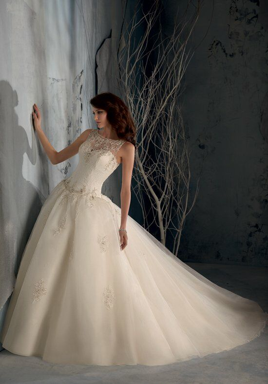 Blu by Madeline Gardner 5163 Wedding Dress photo