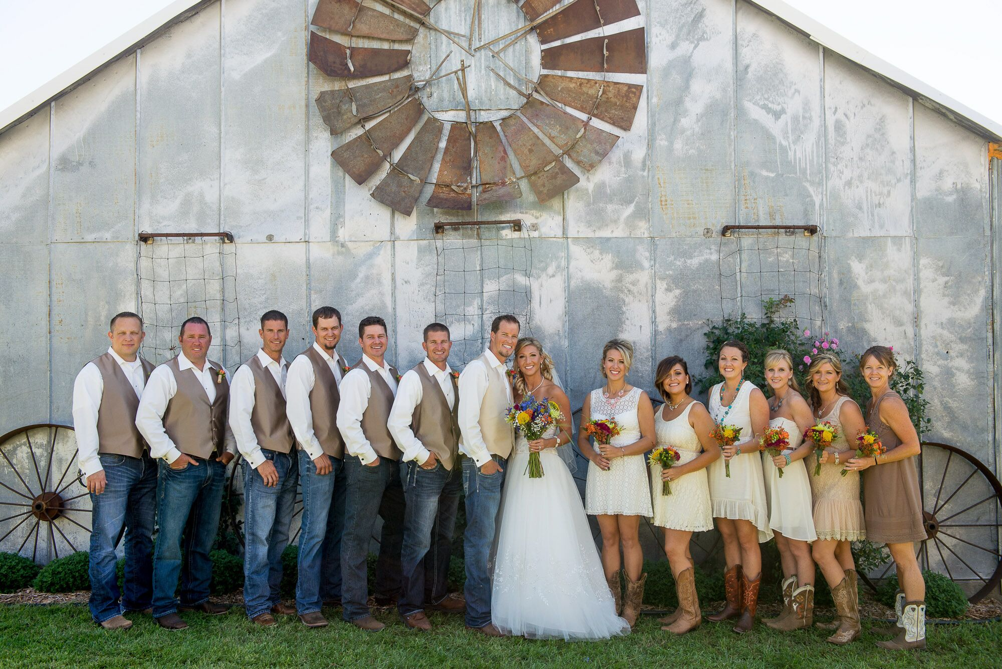 wedding ideas country style casual country inspired wedding 27837