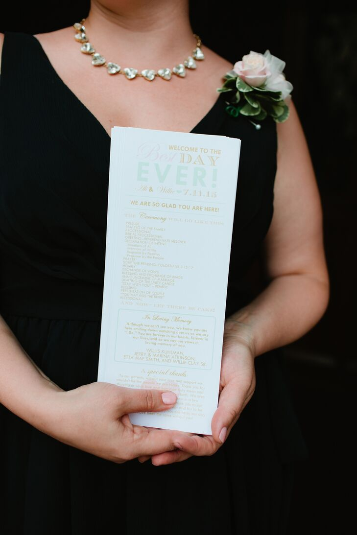 Ali's friend, Amy at Mister's Lady Design, created Ali and Willie's stationery for the wedding. It set the tone for the day with its mint and gold color scheme. Pops of pink matched the colorful bouquets to tie it all together.