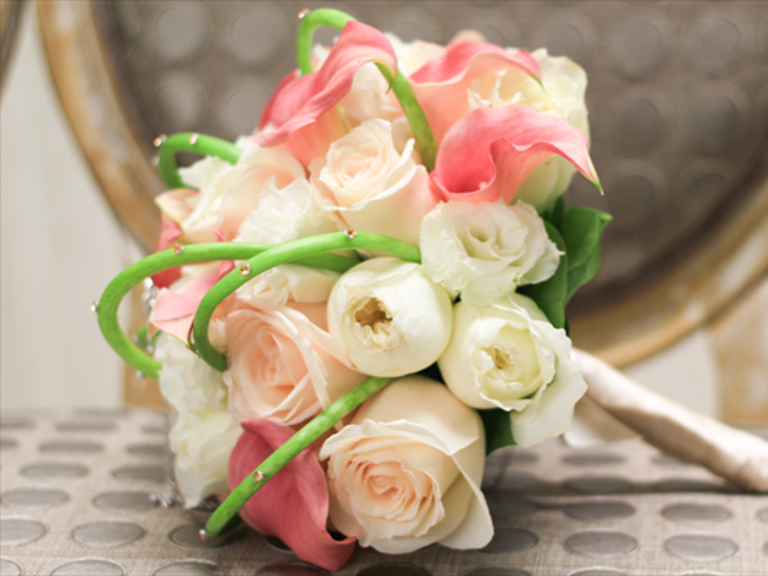 Wedding flowers bouquets and centerpieces for Bridal flower bouquets ideas