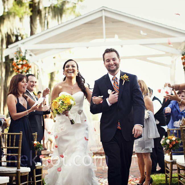 Outdoor Wedding Ceremony Orlando: A Courtyard Wedding In Orlando, FL