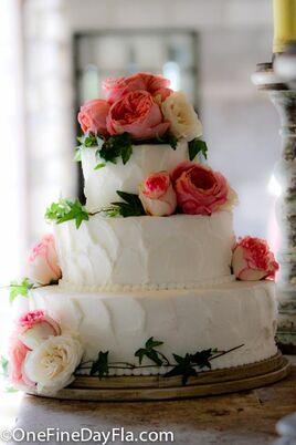 Edda Cake Design Pembroke Pines Fl : Wedding Cakes + Desserts in Miami, FL - The Knot