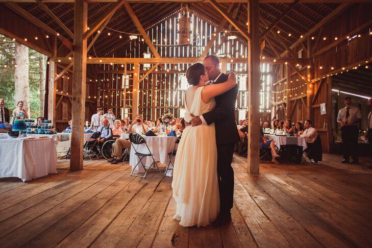 A Rustic Barn Wedding at Pleasant Valley Farm in Mansfield ...