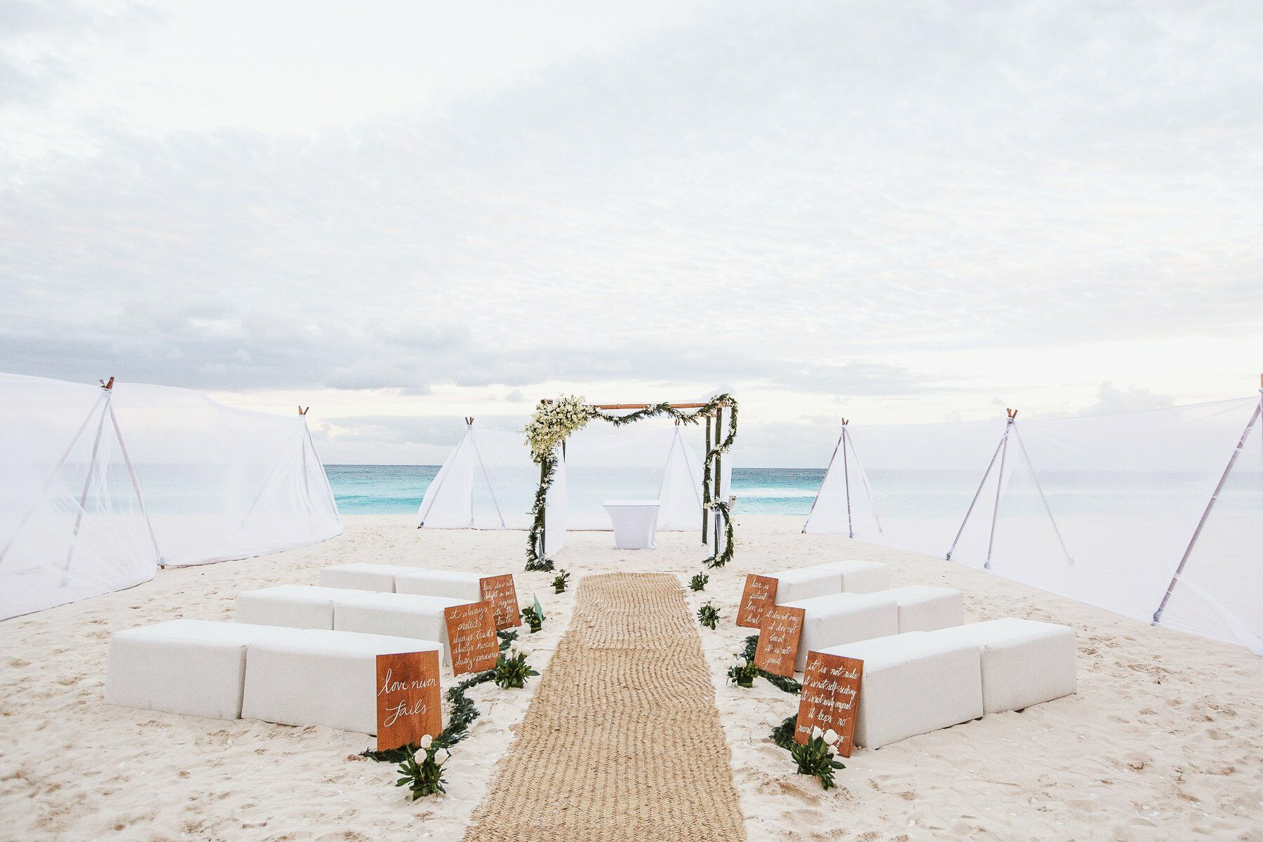 Your Beach Wedding Ceremony: Beach Wedding Ceremony