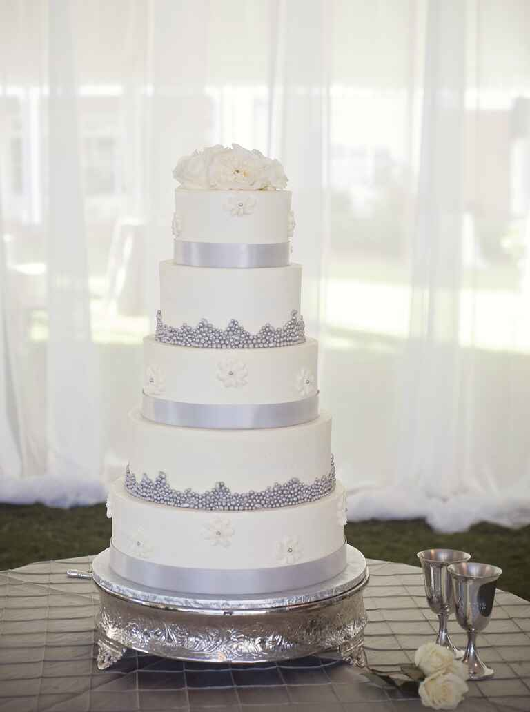 wedding cakes in rome ny 7 beautiful buttercream frosted wedding cakes 24766