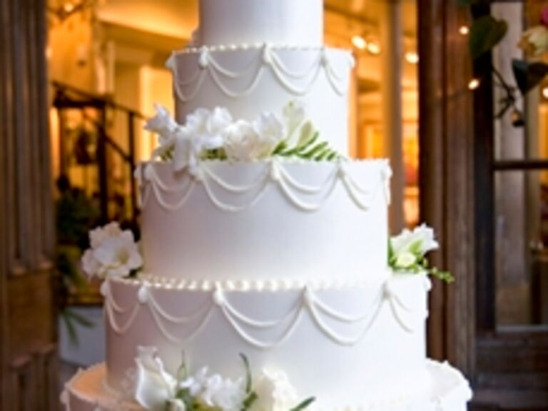 Wedding Cakes in Knoxville