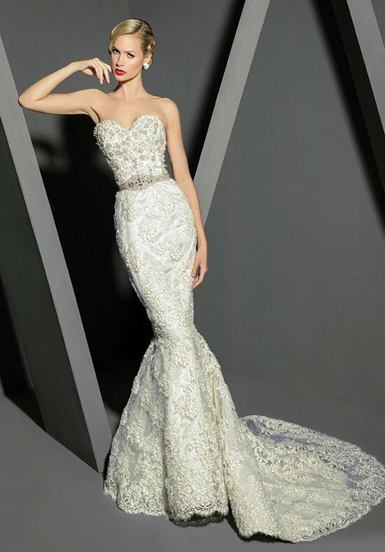 Victor Harper Couture VHC275 Wedding Dress photo