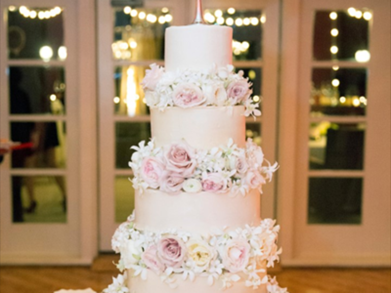 Wedding Cakes in Branson