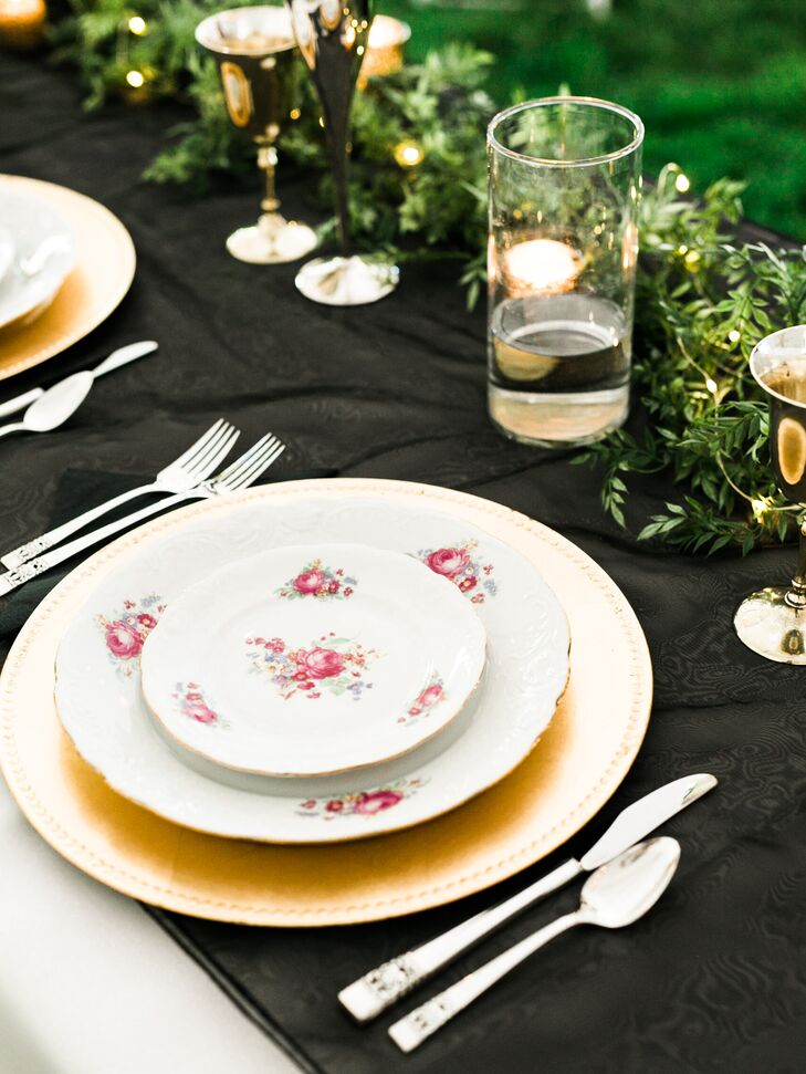 & Simple Elegant Black and Gold Table Settings