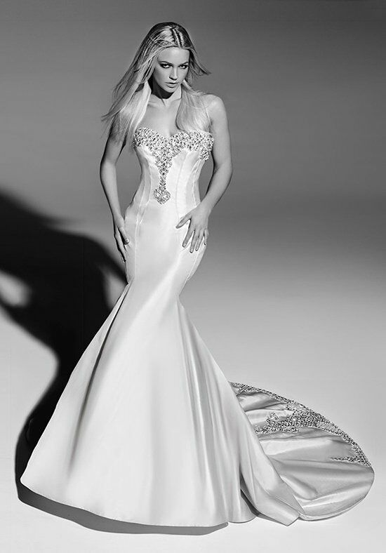 Victor Harper Couture VHC251 Wedding Dress photo