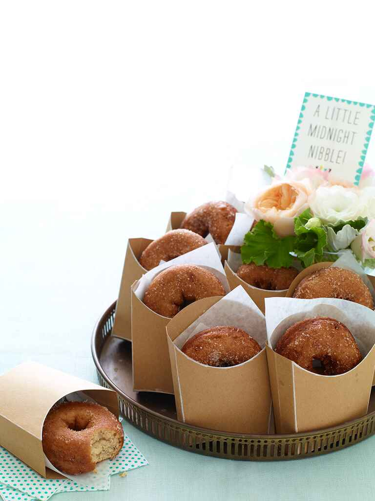 Creative doughnut wedding favor idea