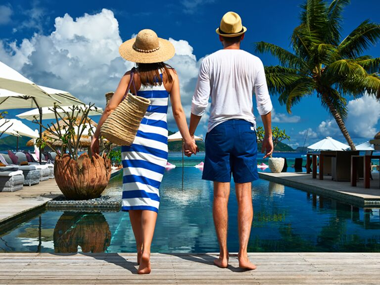 couple traveling on tropical honeymoon