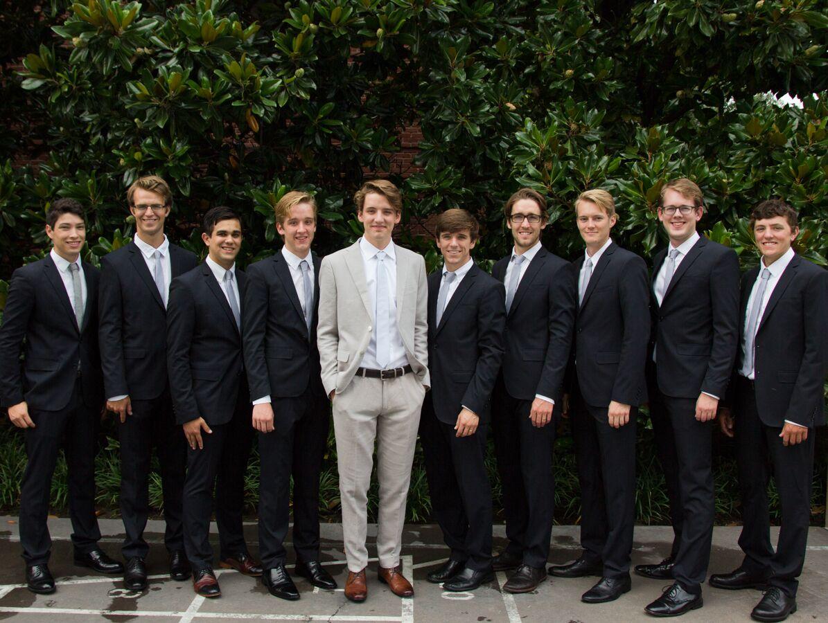 Navy Groomsmen Suits And Gray Groom S Suit From Zara