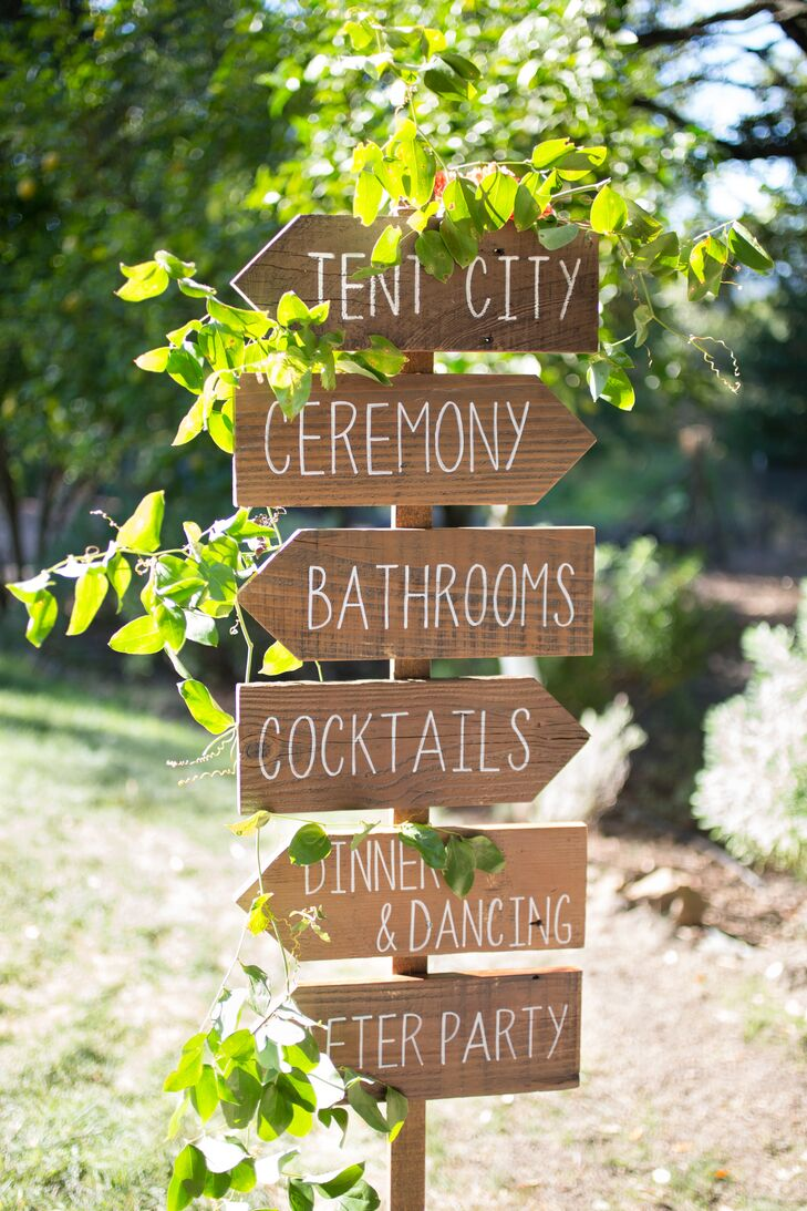These helpful wooden signs by Bee Curious Designs fit the naturalistic theme and helped guide guests around the private estate in Sonoma, California.