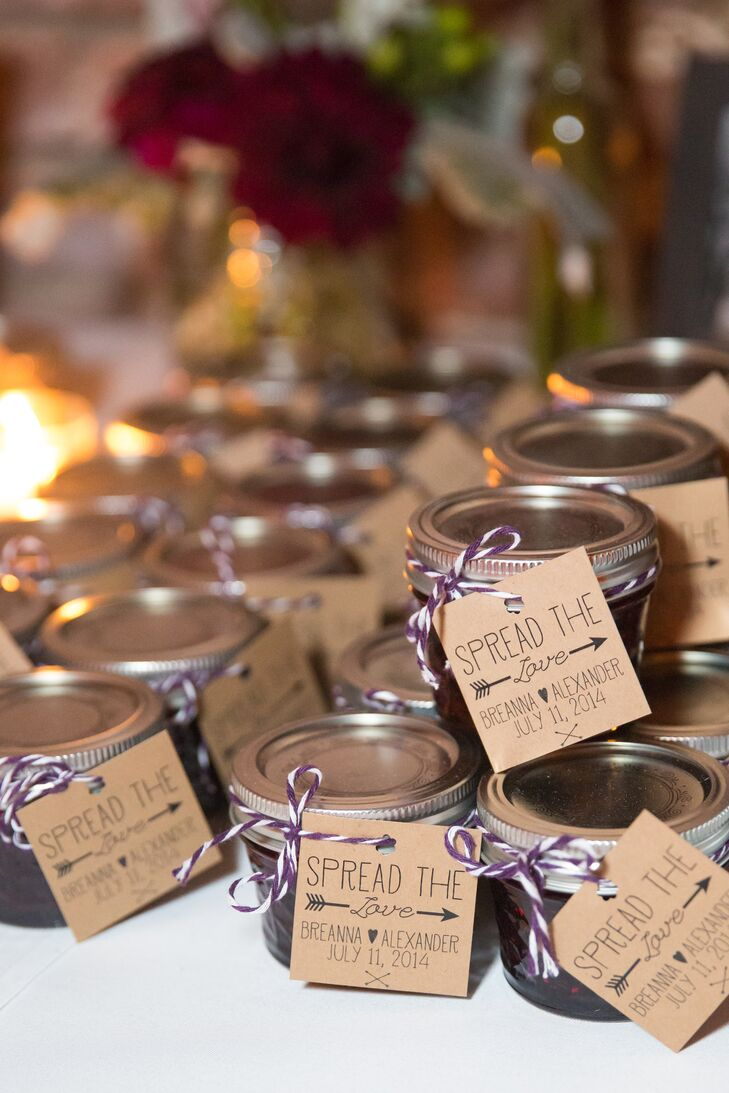 Souvenirs Wedding Gifts: 'Spread The Love' Jam Wedding Favors