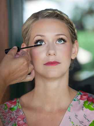 Best wedding day makeup for blonde hair