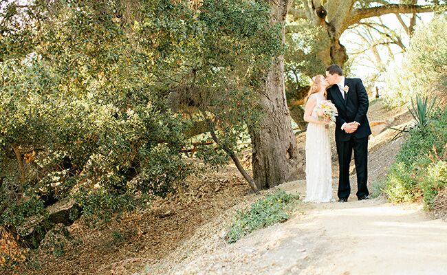 A Woodsy Wedding With A Hint Of 1920s Gatsby Glam