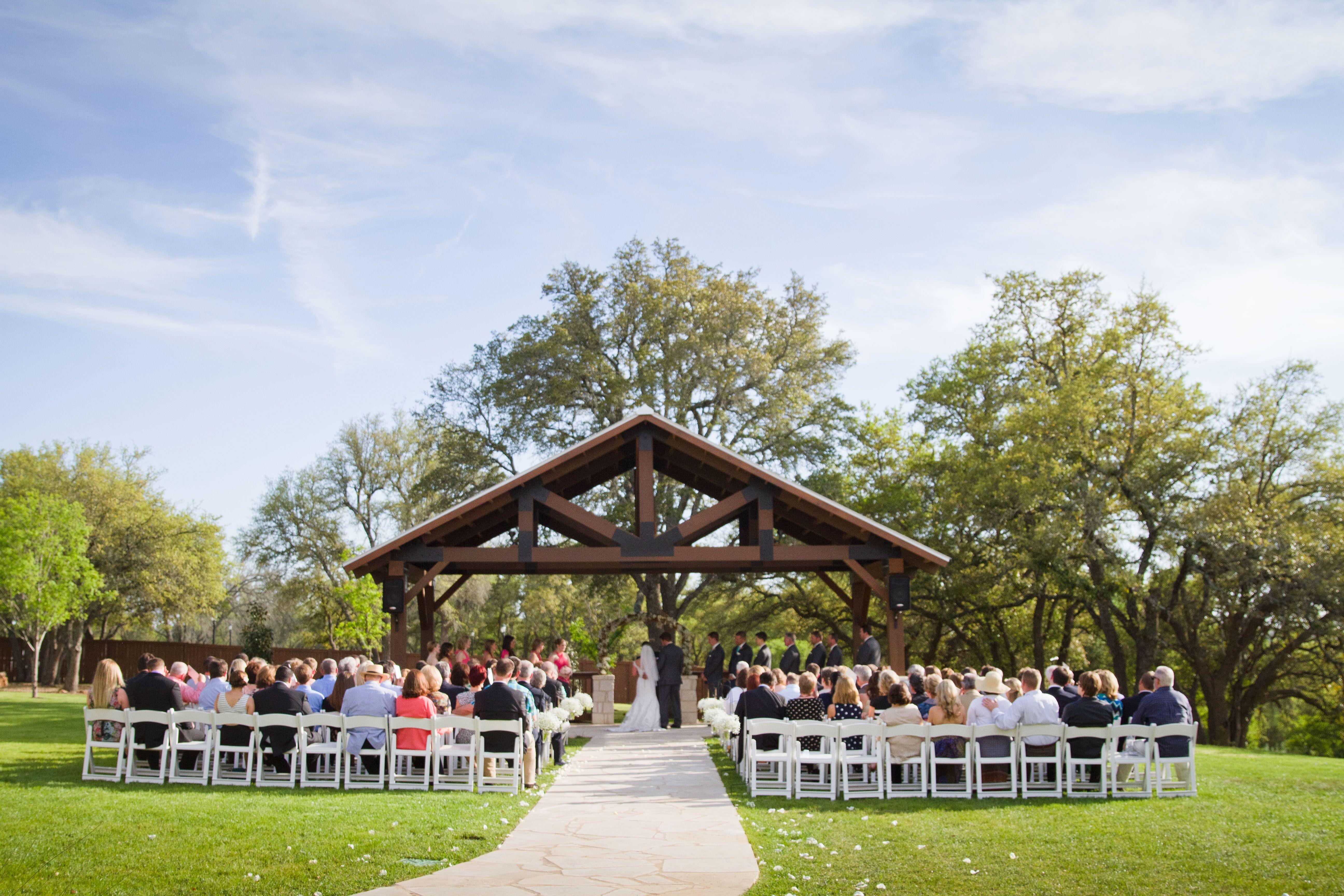 Gabriel Springs Wedding Venue In Georgetown Texas