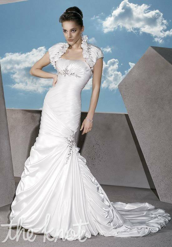 Demetrios GR211 Wedding Dress photo
