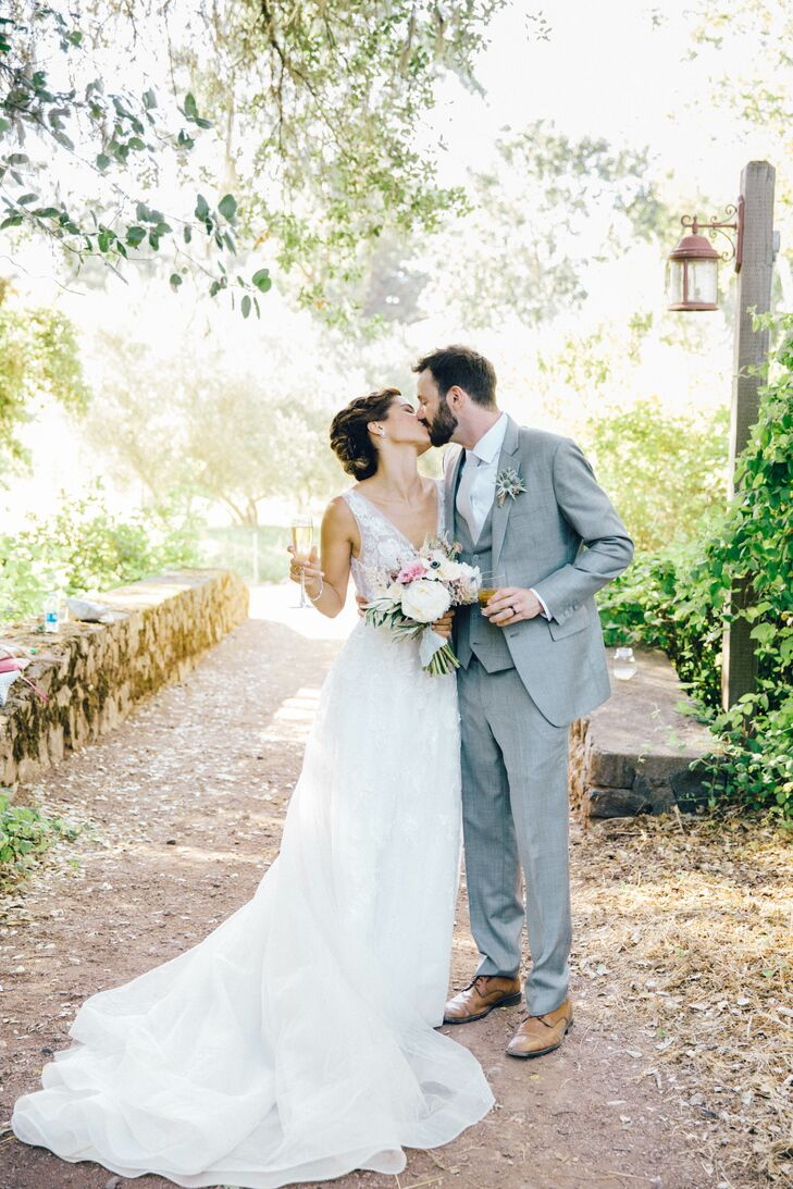 A Summer Garden Wedding at Campovida in Hopland, California