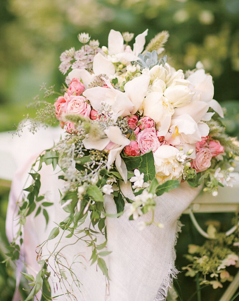 20 Heat Resistant Flowers For A Beautiful Bridal Bouquet