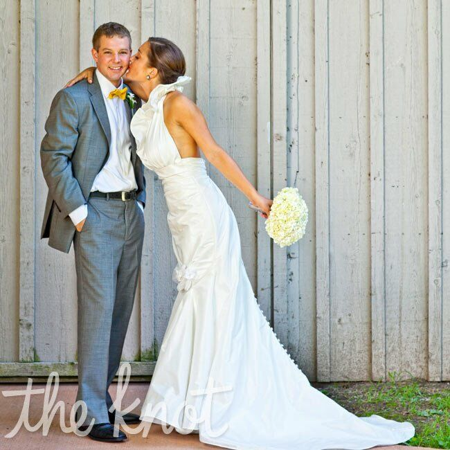 St Brides Real Estate: A Bright Casual Wedding In Avon, OH
