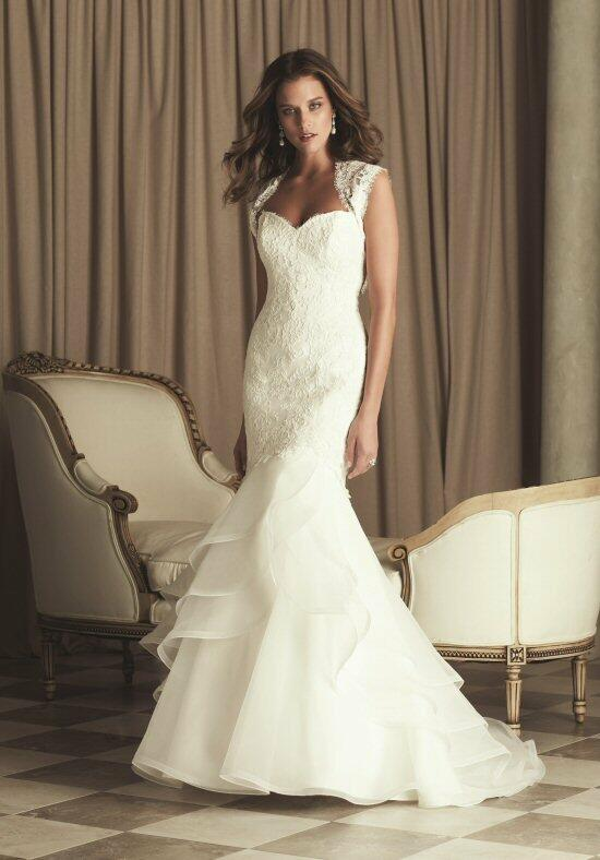 Paloma Blanca 4455 Wedding Dress photo