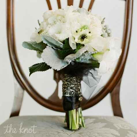 White bouquet with black ribbon