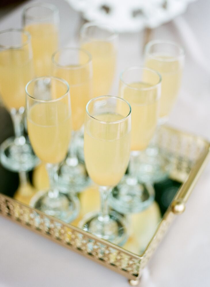 Peach Bellini Specialty Cocktails at Minneapolis Wedding
